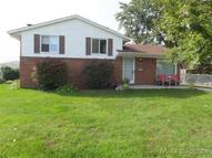 39491 Poinciana Sterling Heights MI, 48313