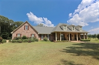110 Cinnamon Ridge Dr Raymond MS, 39154