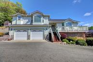 507 Cypress Dr Rogue River OR, 97537