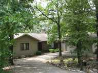 21 South Hills Loop Holiday Island AR, 72631