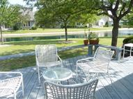 2301 W Dickinson Ct Mequon WI, 53092