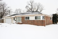 4653 West 83rd Place Chicago IL, 60652