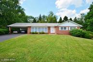 6 Picasso Ct Pikesville MD, 21208