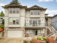 9404 Sw Boones Ferry Road Portland OR, 97219