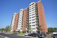2460 Southvale Crescent Apartments Ottawa ON, K1B 4L8