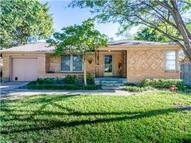 1919 Viewcrest Drive Dallas TX, 75228