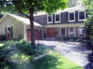 2 Stoneridge Road Rolling Meadows IL, 60008