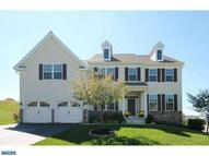 4135 Crescent Dr Chester Springs PA, 19425