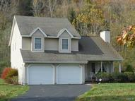 6 Straits Rock Road Gaylordsville CT, 06755