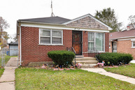 304 West 150th Street Harvey IL, 60426