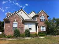 28512 Pondside Court Flat Rock MI, 48134