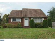 3762 Clearwater Ln Brookhaven PA, 19015