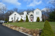 10 Skyler Ct Oak Ridge NJ, 07438