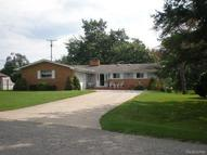 3950 Lake Oakland Shores Drive Waterford MI, 48329