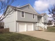 2241 Ne Maybrook Dr Blue Springs MO, 64029