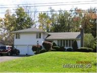 4 Canterbury Road New Hartford NY, 13413