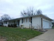 128 3rd West St East Canton OH, 44730
