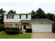 2448 Armstrong Drive Lake Orion MI, 48360