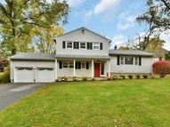 73 Sandra Lane Wayne NJ, 07470