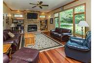 14387 Lakeview Dr Clive IA, 50325