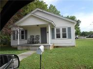 438 2nd St Lawrenceburg TN, 38464