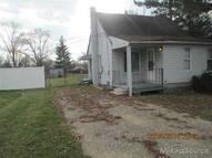 2670 E Maple Troy MI, 48083