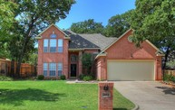1403 Creekside Dr Mansfield TX, 76063