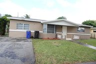 4290 Nw 38th Ave Lauderdale Lakes FL, 33309