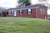 575 Maple Dr Madison VA, 22727