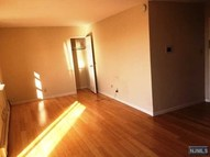 201 12th St Unit 18 Palisades Park NJ, 07650