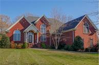349 Spring Valley Dr Cottontown TN, 37048