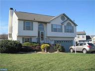 4 Teaberry Ln Riverside NJ, 08075