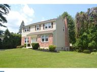 606 Crum Creek Rd Broomall PA, 19008