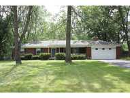 5235 E 68th St Indianapolis IN, 46220