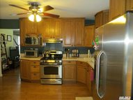 209 12th St West Babylon NY, 11704