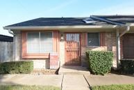 83 Tri Oaks Ln #83 Houston TX, 77043