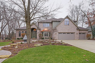 774 Black Walnut Ct Sugar Grove IL, 60554