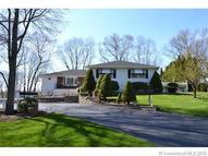 15 Fawn Ridge Dr North Haven CT, 06473