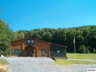 2715 Covemont Rd Sevierville TN, 37862