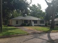 720 Fowlkes St Sealy TX, 77474