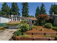 1090 Clayton Way Gladstone OR, 97027