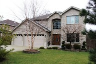 2225 Sprucewood Ave. Des Plaines IL, 60018