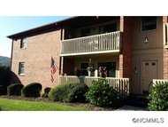 101 Oakwood Place Unit 3 Hendersonville NC, 28792
