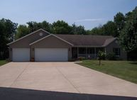 3208 178th St Ct N East Moline IL, 61244
