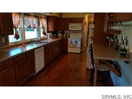 111 West 6th North Street Mount Olive IL, 62069
