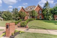 8954 Cairn Ridge Dr Germantown TN, 38139