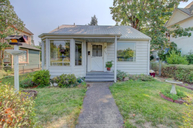 307 Nw C Street Grants Pass OR, 97526