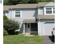 415 Whittier Dr Langhorne PA, 19053