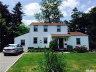 145 Browers Ln Roslyn Heights NY, 11577