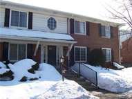 2449 Mulberry Square Bloomfield Township MI, 48302